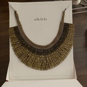 NWT Stella & Dot Pegasus Necklace